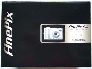 FinePix F10の写真(箱)